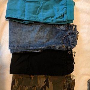 Bundle deal 4 pants